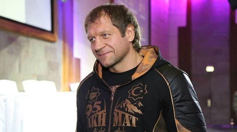 Конфликт между Харитоновым и А. Емельяненко принимает новый оборот