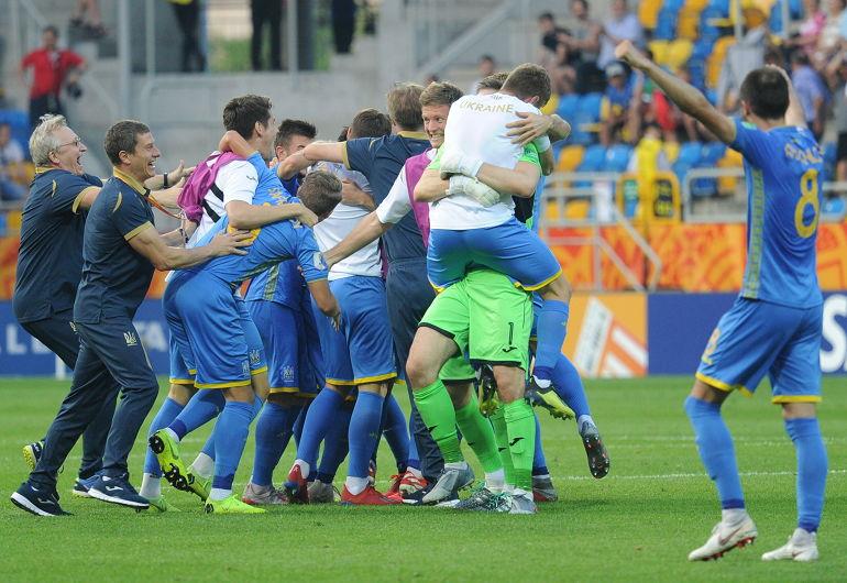 Сборная Украины вышла в финал ЧМ по футболу
