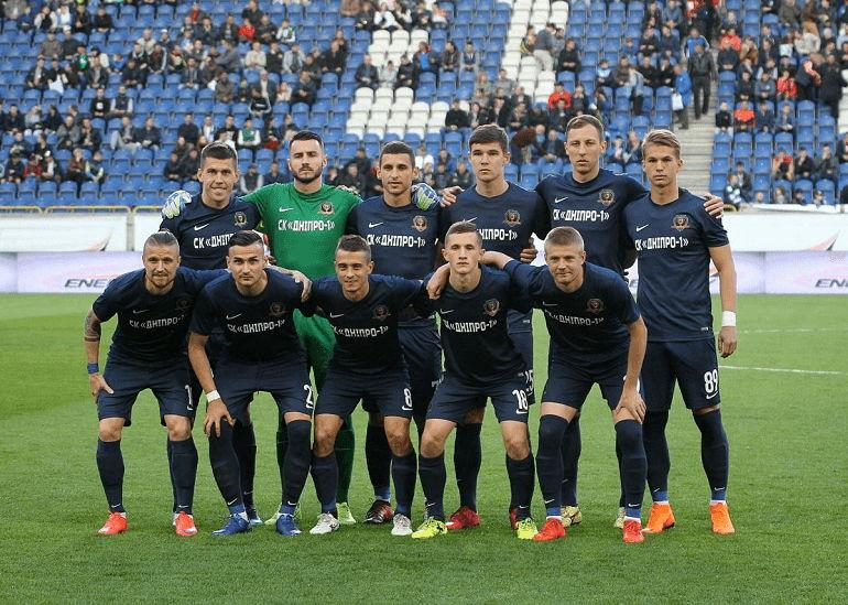 Футбольная команда Днепр-1