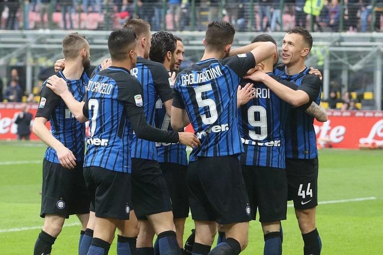 Футбольная команда Интер