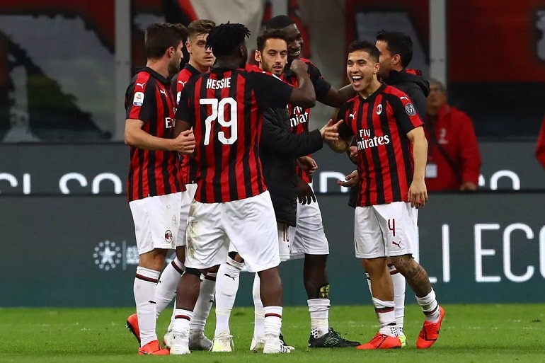 Футбольная команда Милан