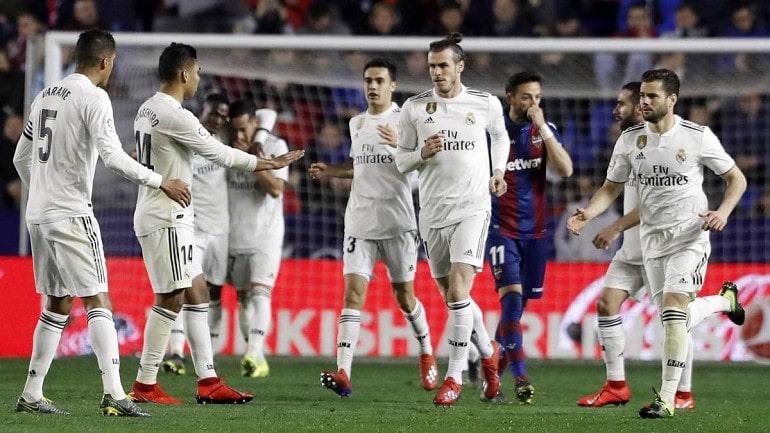 Футбольная команда Реал Мадрид